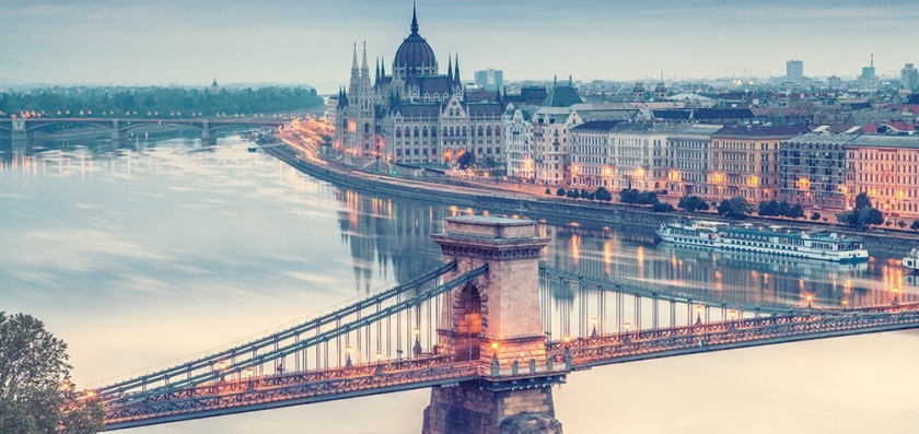 doing-business-in-budapest-szechenyi-chain-bridge.jpg